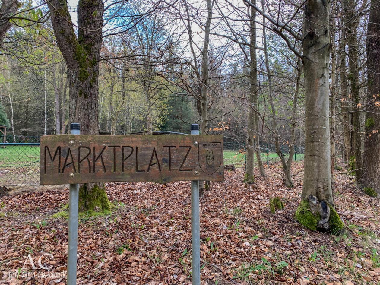 Marktplatz Pfalzfeld Traumschleifchen Baybachquellen