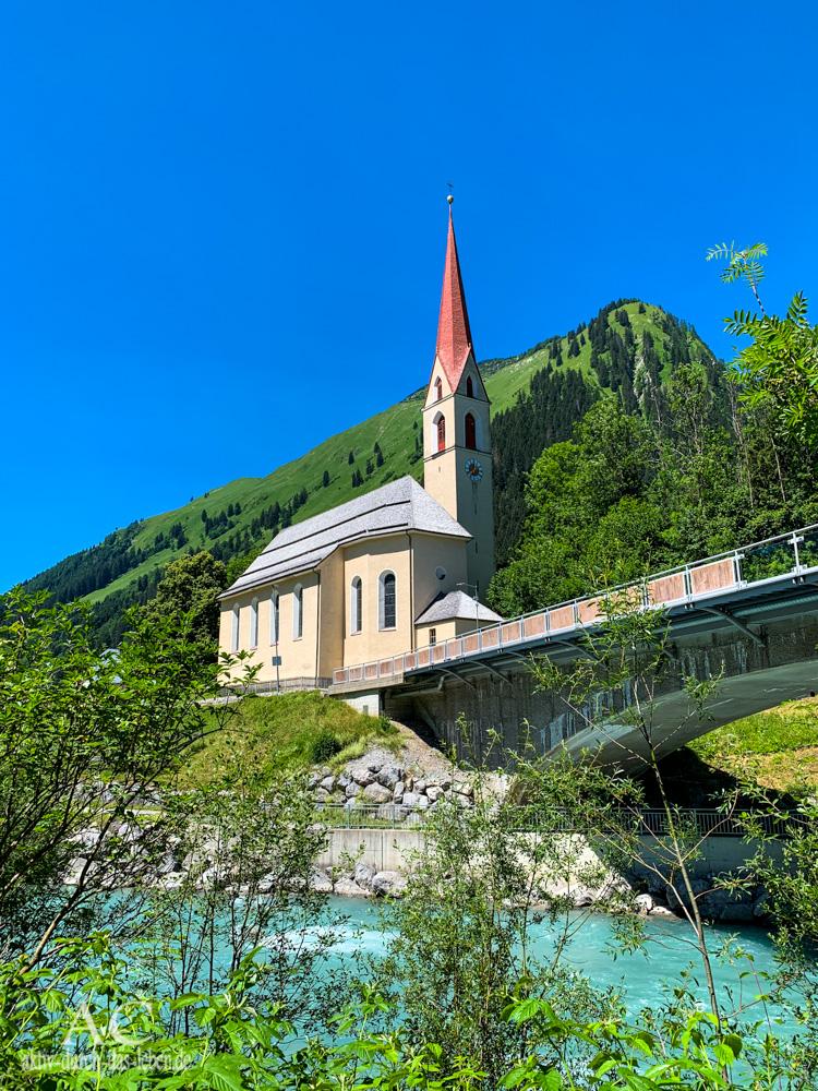 Lechweg Häselgehr Pfarrkirche Hl. Martin